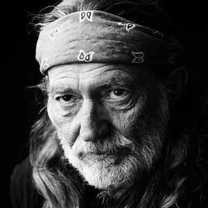 Willie Nelson talks about switching from smoking to vaporizing